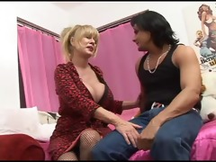 patty plenty - hawt breasty milf