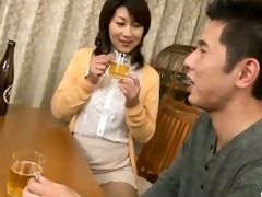 japanese wife sucks on a younger rod