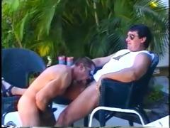 muscled daddy bears enjoying sleazy outdoor