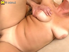 older mother fucks her young sons friend