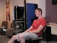 supermilf poledancer + guy from matureside