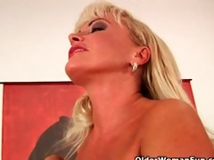 older blonde with nice-looking body copulates a
