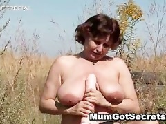 lascivious d like to fuck gets her hairy muf