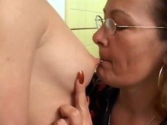stepmom with younger girl, dong