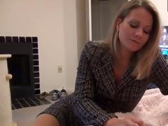 mamma gives pantyhose foot job d10