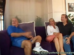 married woman curious how goo tastes