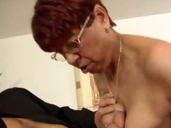 short hared granny gets jizzed on her glasses