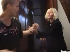blonde old babes pleases an young guy