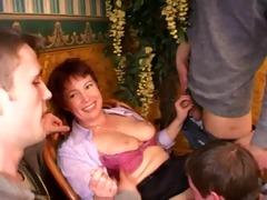 mom &; 4 guys at bar