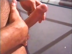 musculed daddy jerks off his hudge jock and cums