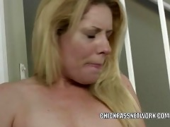sexually excited d like to fuck lisa is banging