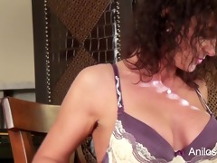 st wicked video for sexy mature mom